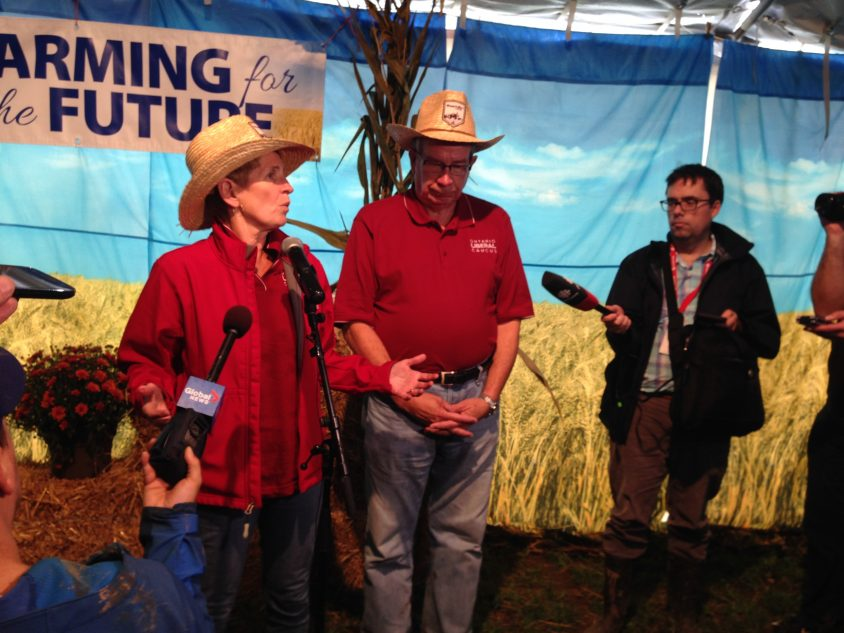 Wynne to look into compensating farmers over labour law reforms