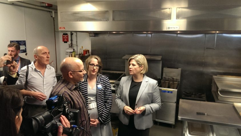 Horwath makes minimum wage pledge a campaign promise