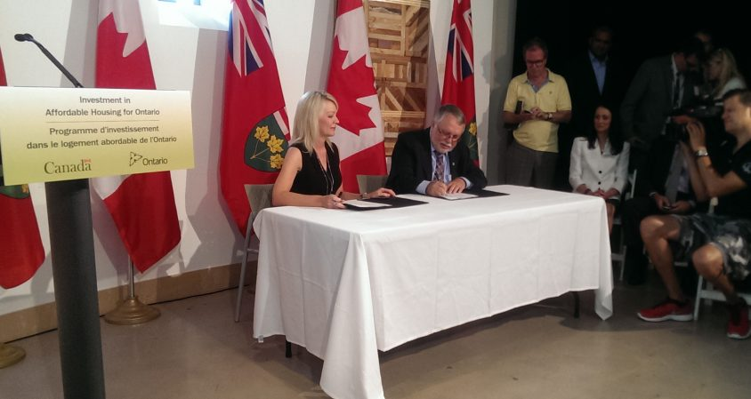Province, Ottawa sign $801 million affordable housing deal