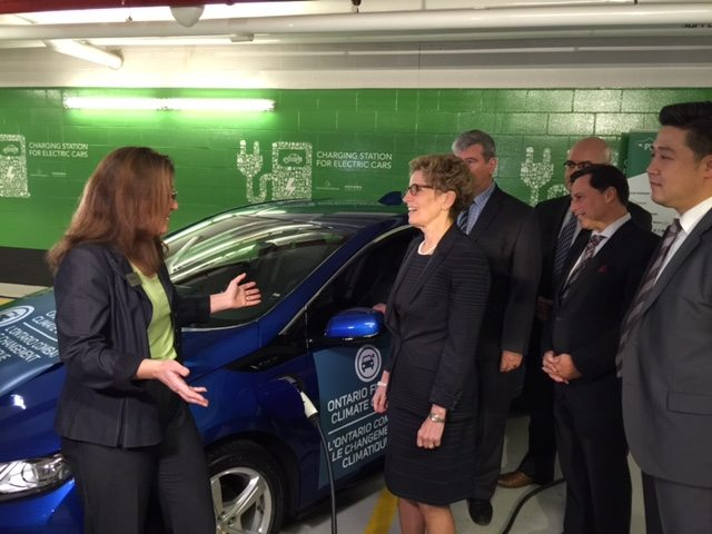 Ontario sweetens incentives for motorists to buy electric cars