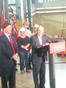 Energy Minister Bob Chiarelli and OPG President Jeff Lyash at the Darlington nuclear power plant in January, 2016. The Pickering extension plan was announced the same day. (Geoff Zochodne/QP Briefing)