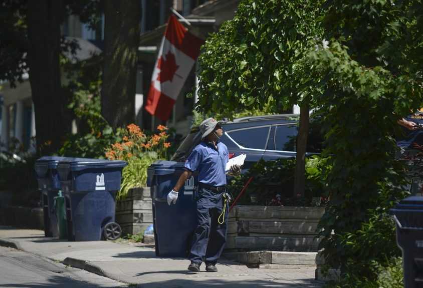 Province will turn to couriers, in-person cheque pick-up in event of postal disruption