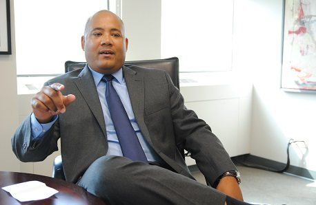 Coteau considers Ottawa while Liberal candidacies are up in the air