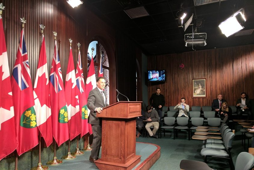 Government eyes risks to Ontario's future: Protectionism, a weak U.S. and robots stealing our jobs