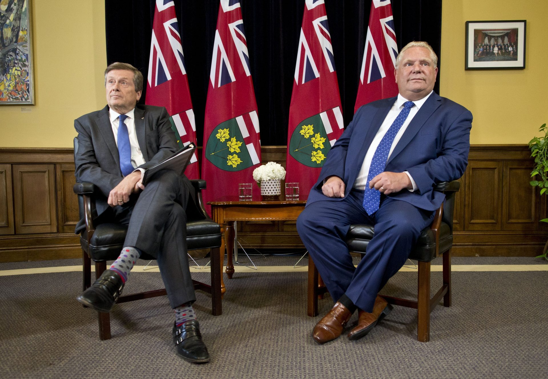 Provincial government's move to cut Toronto council in half ruled constitutional in 3–2 decision