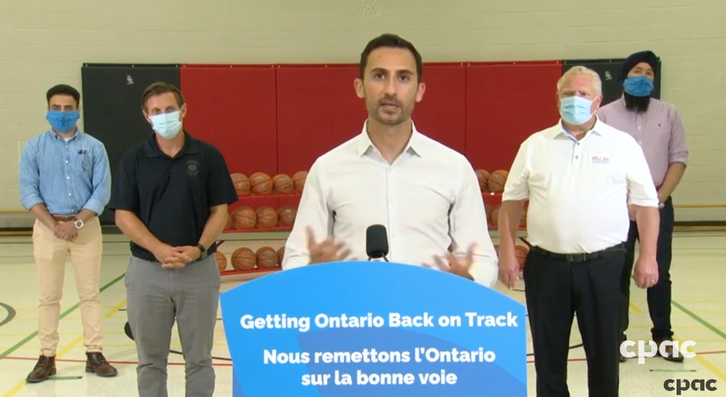 Doctors, education unions call for mandatory masks in schools