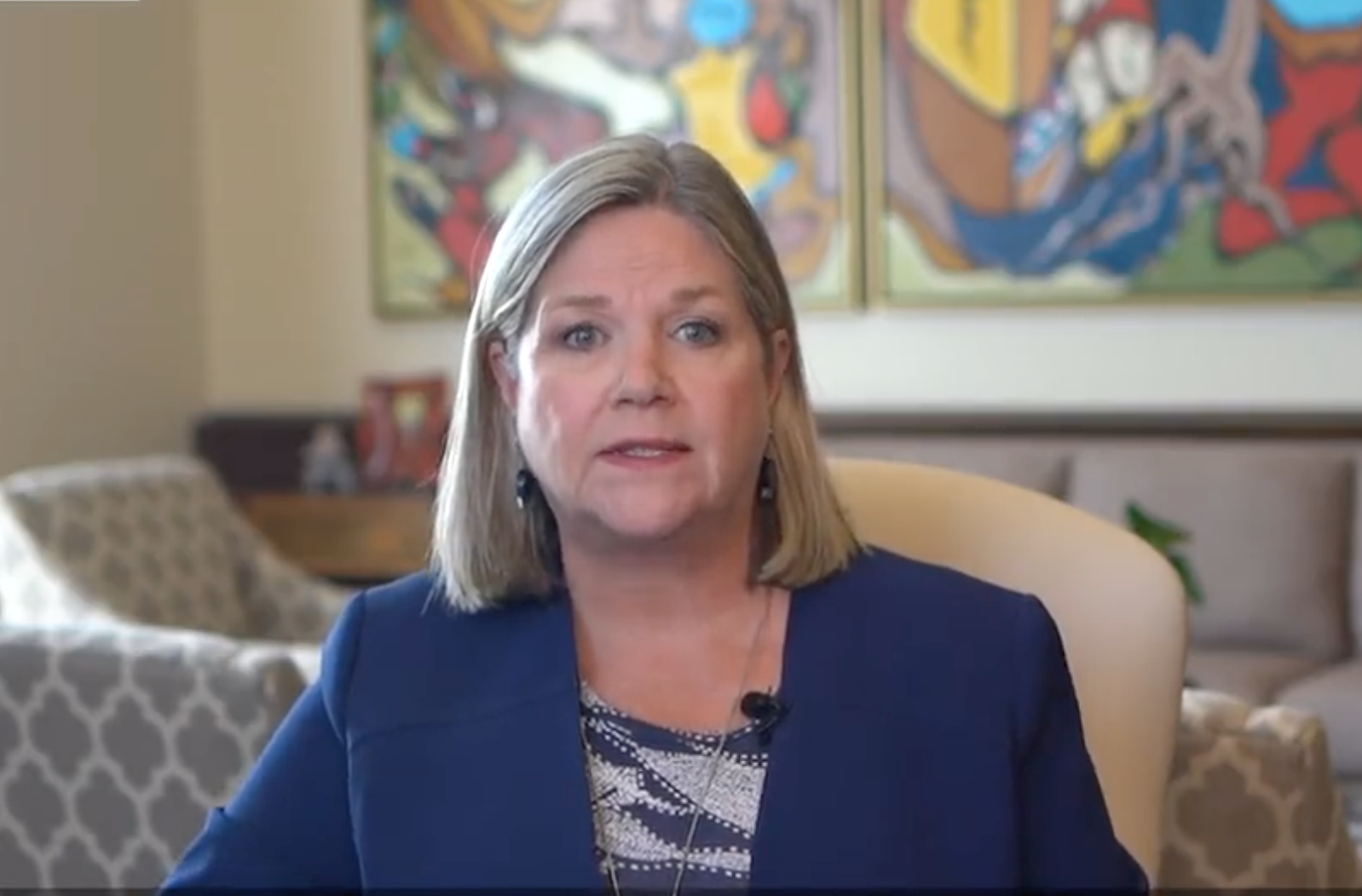 Andrea Horwath provides few details on decision to walk back opposition to mandatory vaccinations