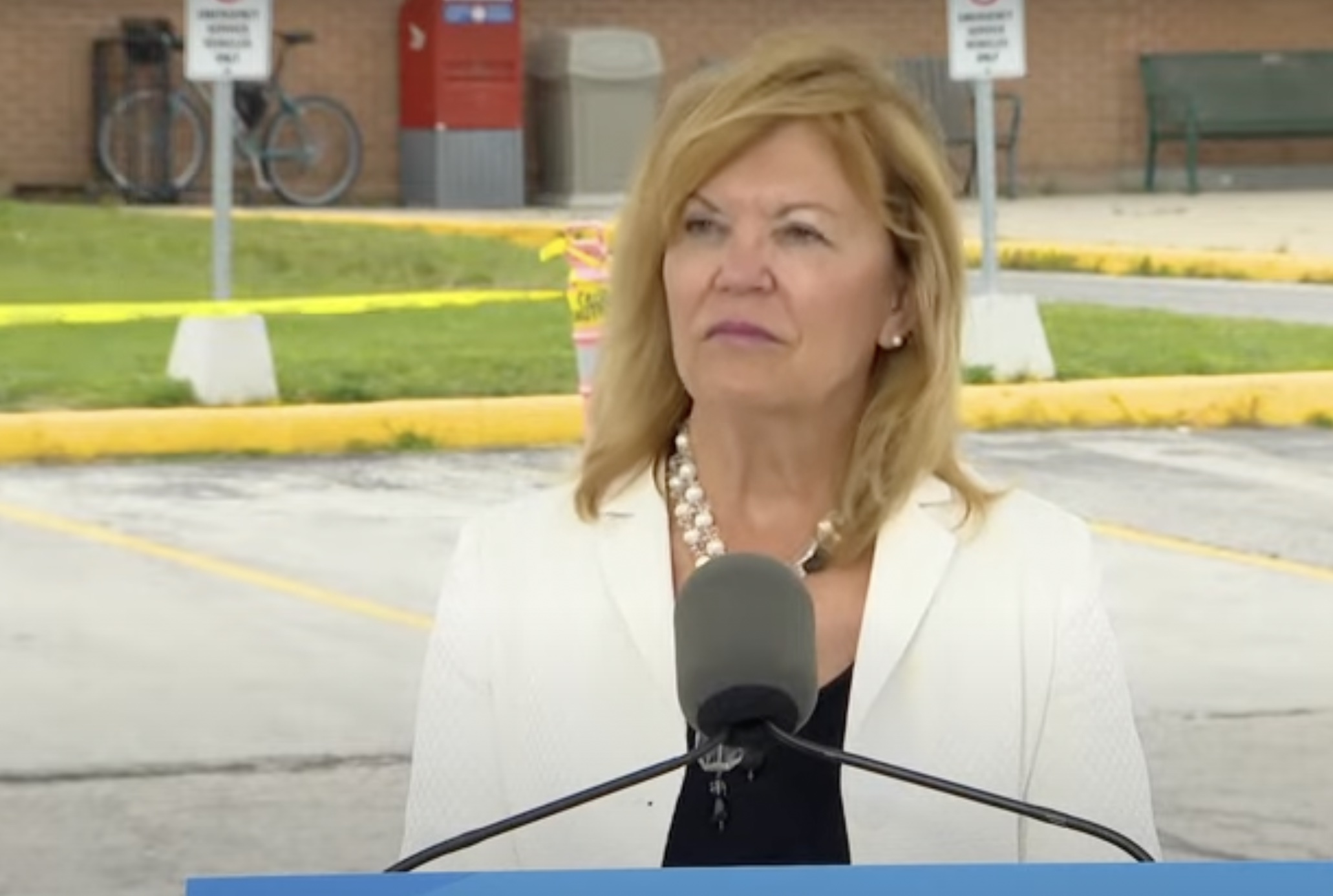 Ontario health minister muses about smart card for proof-of-vaccination