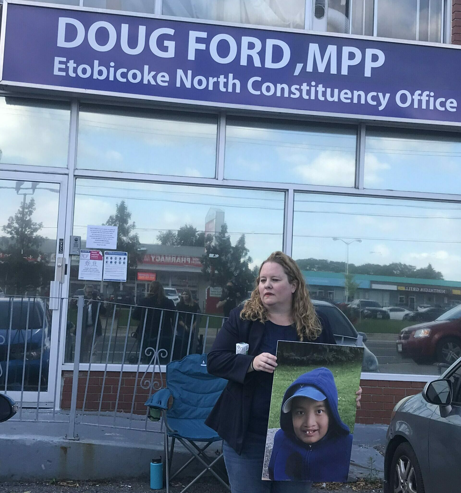 'This has been the most dehumanizing experience': Mother seeks more supports for autistic boy, sleeps outside premier's office